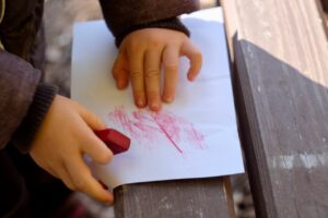 Vyzkoušej frotáž listu